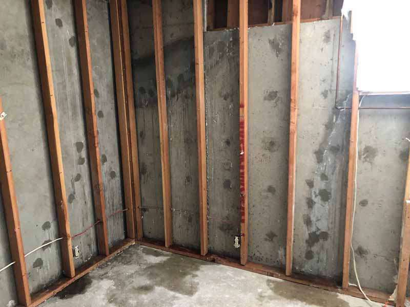 Polyurethane Injection Concrete Crack Repair - Basement