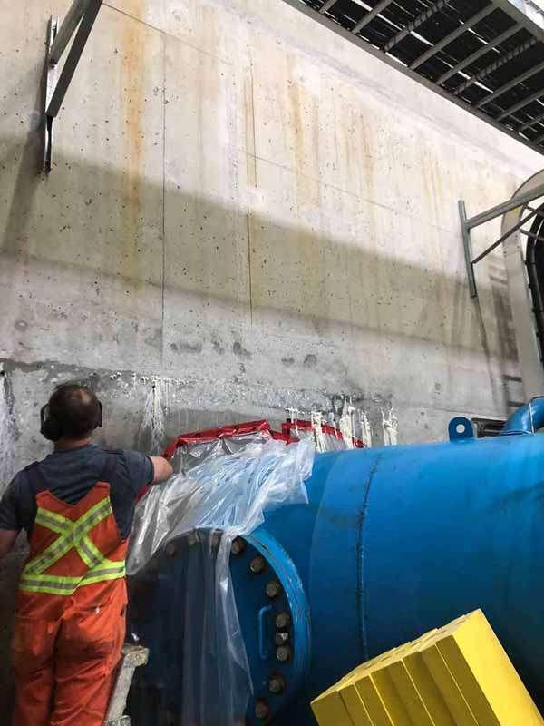 Polyurethane Injection Concrete Crack Repair - Pipe
